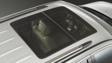 Jeep Grand Cherokee SRT Limited Edition white (13)