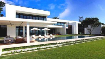 Luxury South Beach Estate Miami (14)