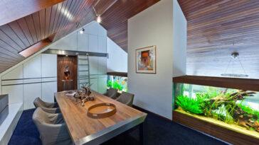 Villa with Aquarium