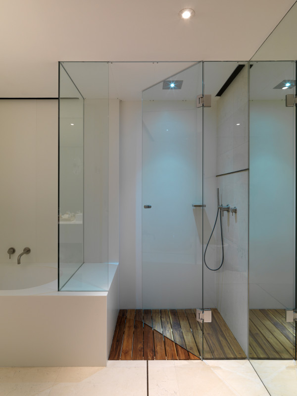 Hotel Sense Sofia bathroom